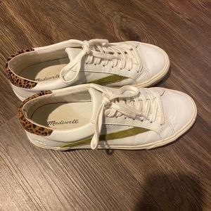 Madewell low top sneakers